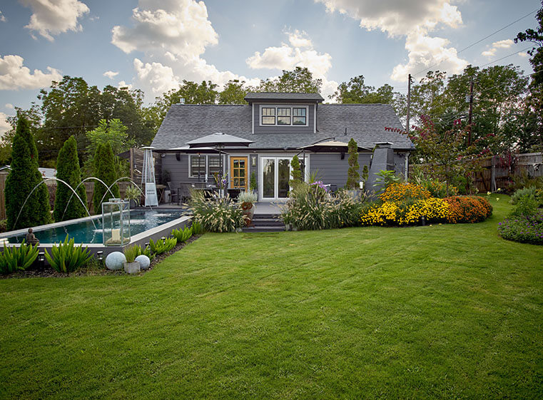 Wilhoite Homestead exterior backyard pool